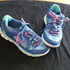 Fila lightweight running shoes